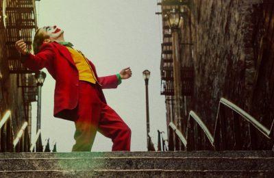 """СМИ: Хоакину Фениксу предложили сняться в сиквелах """"Джокера"""""""
